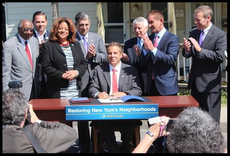 New York Gov. Andrew Cuomo recently signed legislation intended to prevent foreclosures and reduce the harm done by zombie properties in the Empire State.